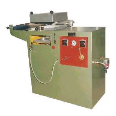 Vaccum Forming Machine